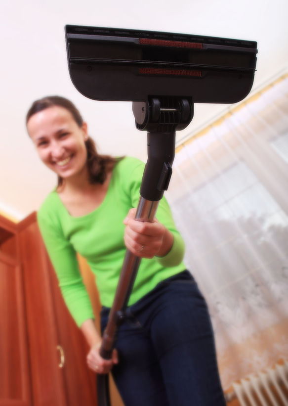 Amy reviews a pet vacuum cleaner